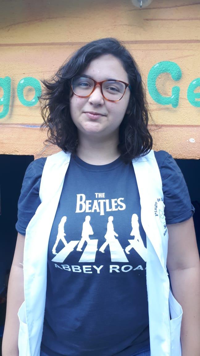 Aline  - Professora de Inglês do Pingo de Gente